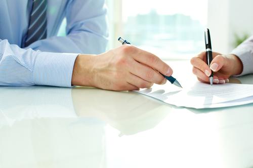 Складання договору вашим юристом - перший крок до переваги